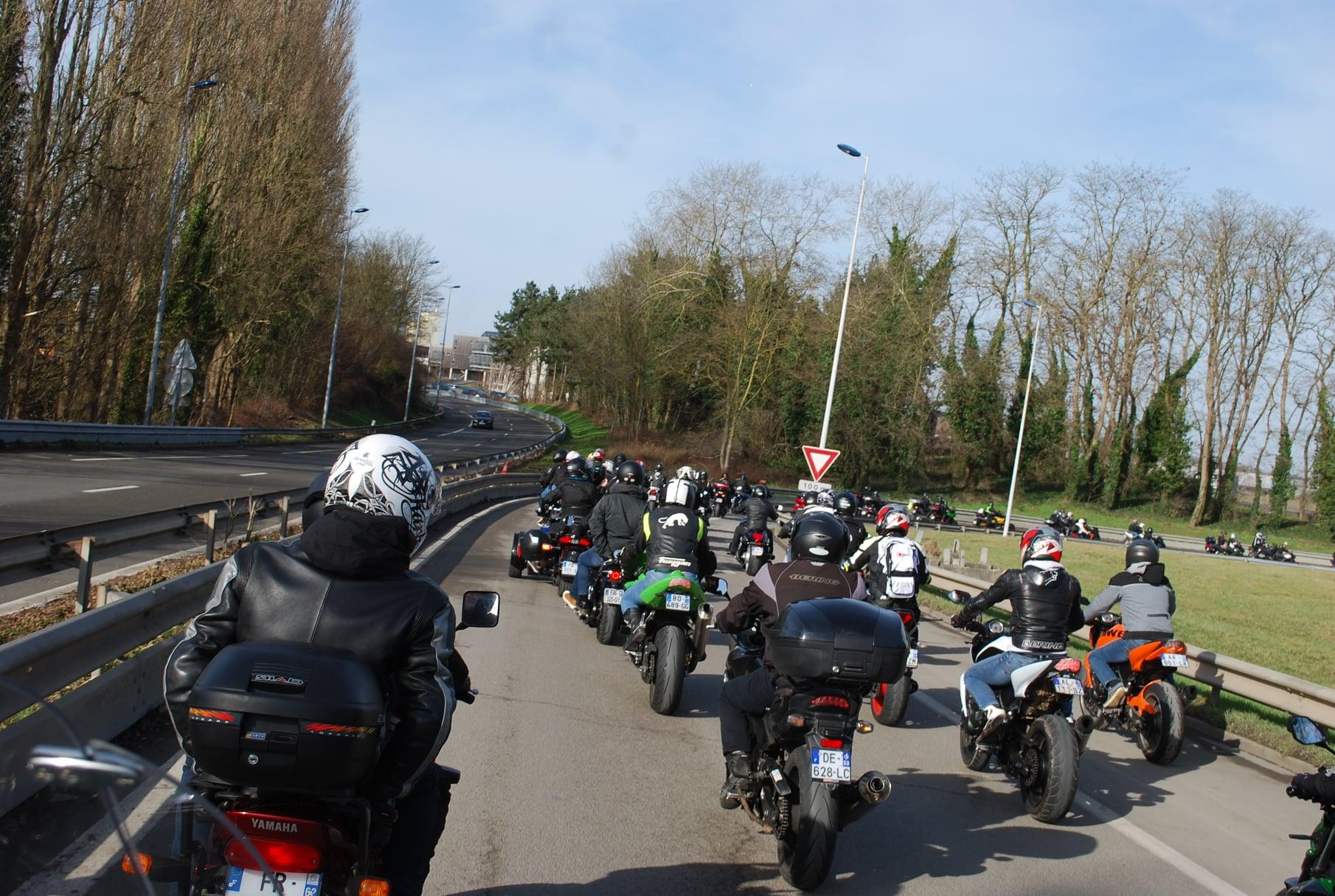 Le grand dossier de l'inter-file moto !